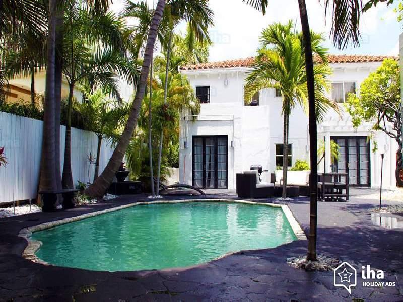 Short-term-rentals-Miami-beach-Villa_1